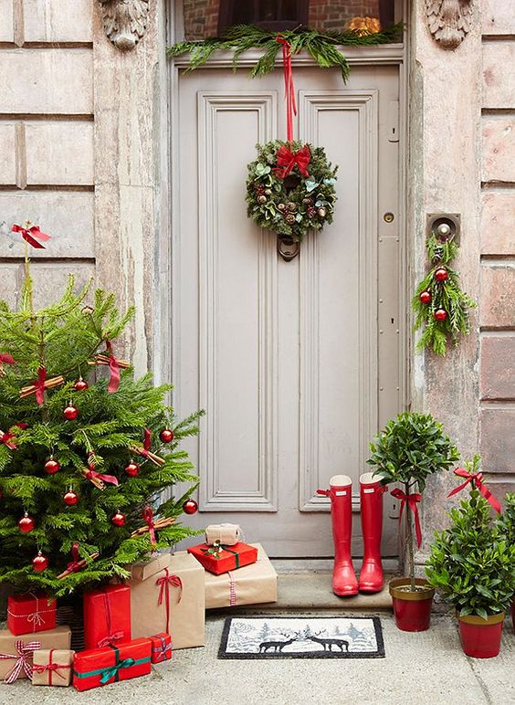 Decorate you Front Door From Decoration Love