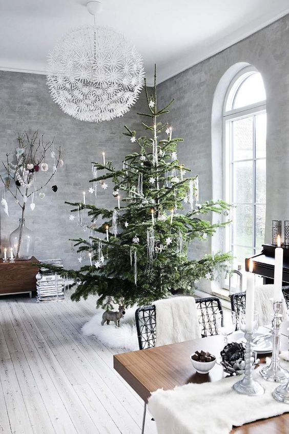 Nordic Holiday Tree From Rose & Ivy