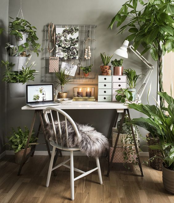 Green Home Office from Elle Decoration