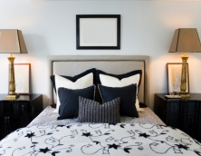 stylish-headboard-with-border