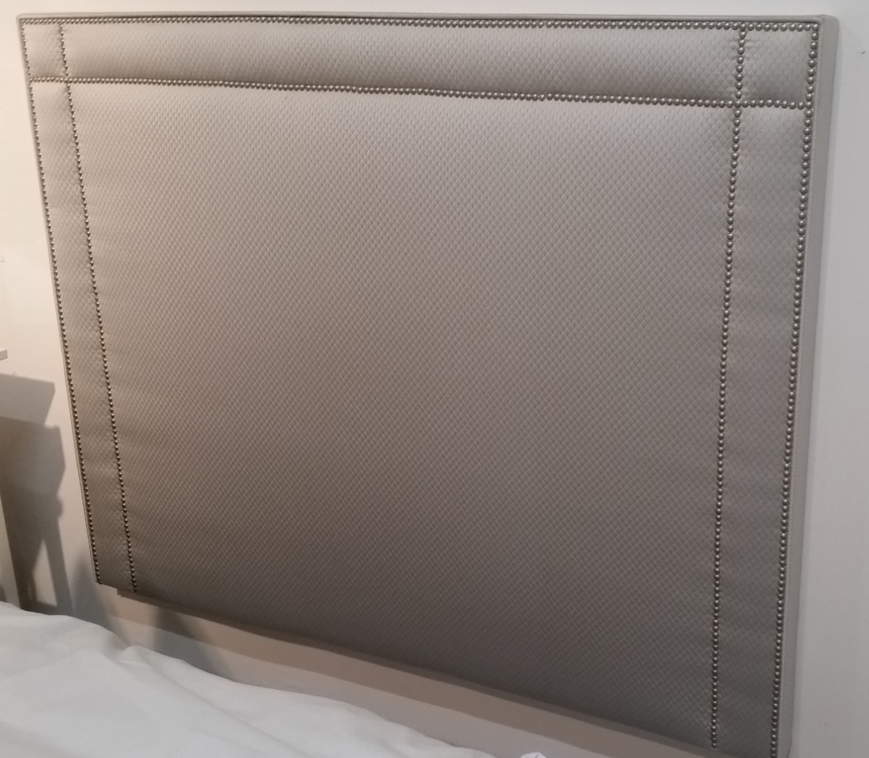 white headboard king me amazon studded tufted themanifold
